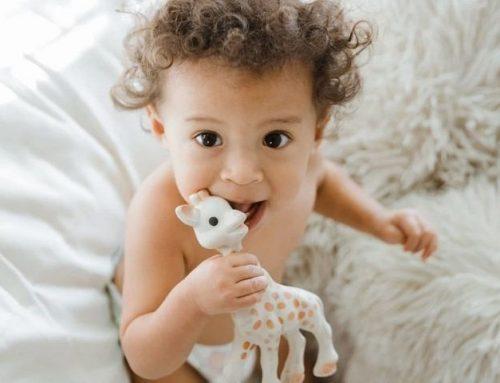 Massaggiagengive e Dentaruoli: come calmare il neonato